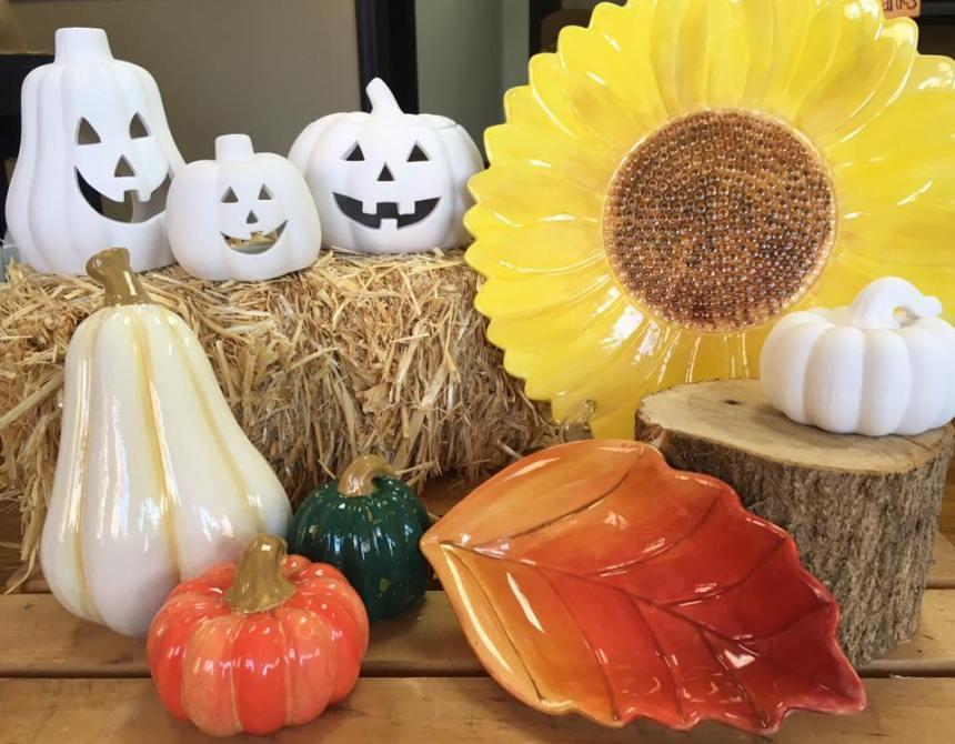 fall-display-pottery